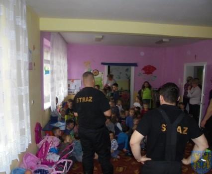 Strażacy w Baśniowej Krainie (6)