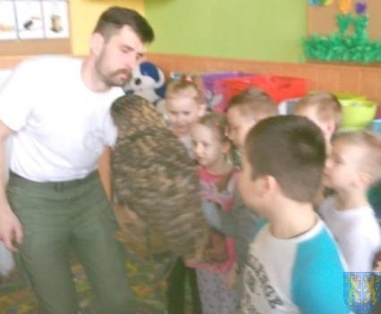 Dzikie zwierzątka z wizytą w  przedszkolu (13)