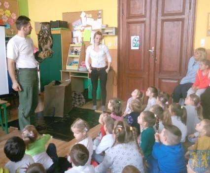 Dzikie zwierzątka z wizytą w  przedszkolu (8)