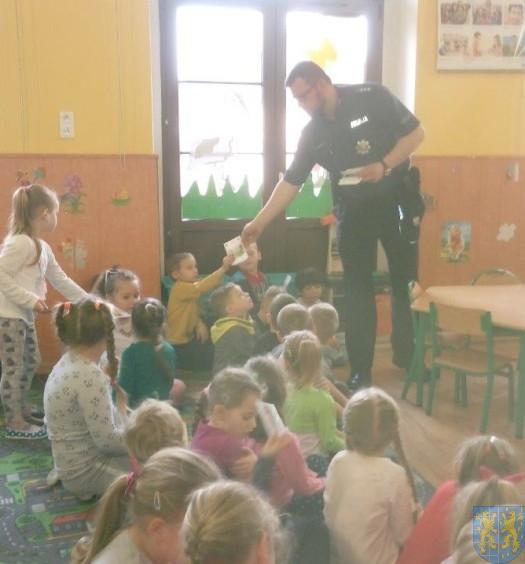 Policjant i przedszkolaki (2)