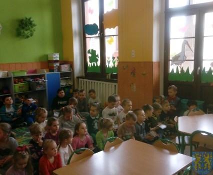 Policjant i przedszkolaki (4)
