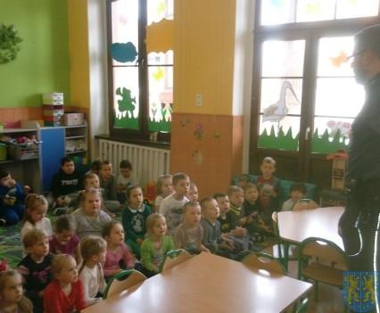 Policjant i przedszkolaki (5)