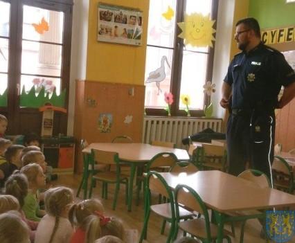 Policjant i przedszkolaki (6)
