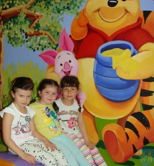 Przedszkolaki z Baśniowej Krainy w Dzieciolandii (16)