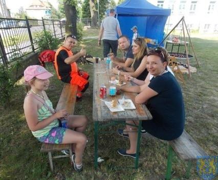 Rodzinne fiestowanie (62)