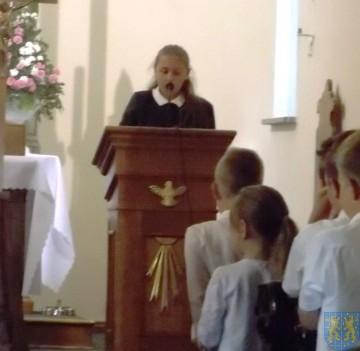 Rok szkolny w Szkole Podstawowej nr 2 im Papieża Jana Pawła II uroczyście zakończony (10)