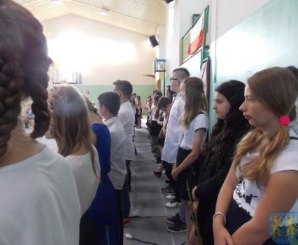 Rok szkolny w Szkole Podstawowej nr 2 im Papieża Jana Pawła II uroczyście zakończony (23)