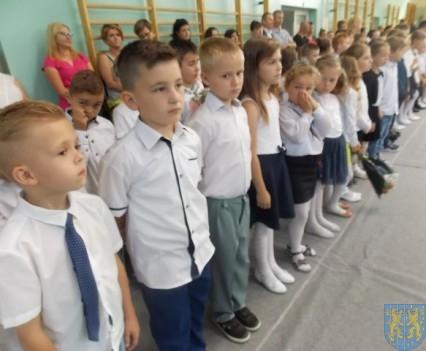 Rok szkolny w Szkole Podstawowej nr 2 im Papieża Jana Pawła II uroczyście zakończony (29)
