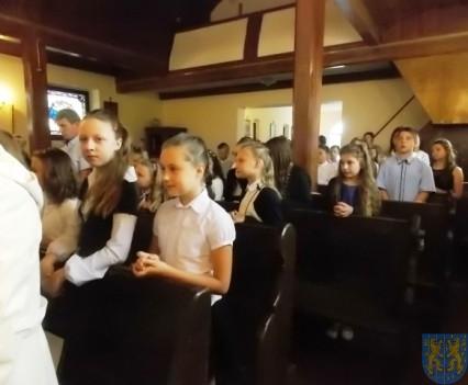 Rok szkolny w Szkole Podstawowej nr 2 im Papieża Jana Pawła II uroczyście zakończony (3)