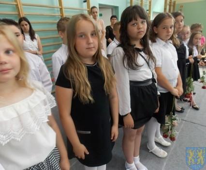 Rok szkolny w Szkole Podstawowej nr 2 im Papieża Jana Pawła II uroczyście zakończony (34)