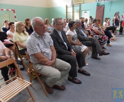 Rok szkolny w Szkole Podstawowej nr 2 im Papieża Jana Pawła II uroczyście zakończony (36)