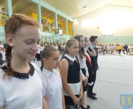 Rok szkolny w Szkole Podstawowej nr 2 im Papieża Jana Pawła II uroczyście zakończony (62)