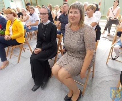 Rok szkolny w Szkole Podstawowej nr 2 im Papieża Jana Pawła II uroczyście zakończony (75)