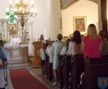 Rok szkolny w Szkole Podstawowej nr 2 im Papieża Jana Pawła II uroczyście zakończony (8)