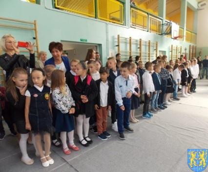 Pierwszy dzień w ośmioklasowej Szkole Podstawowej nr 2 (25)