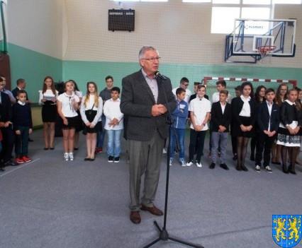 Pierwszy dzień w ośmioklasowej Szkole Podstawowej nr 2 (33)