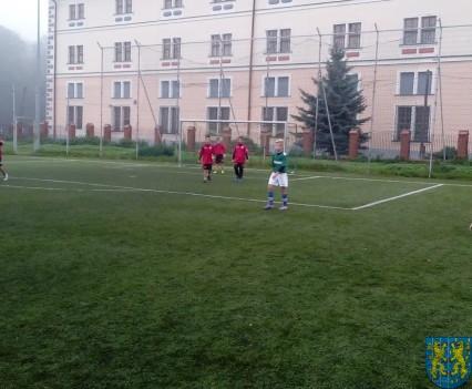 Powiatowy półfinał minipiłki nożnej (3)