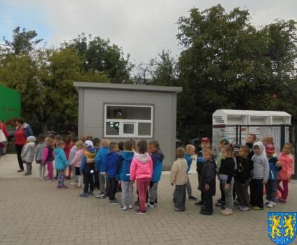 Punkt Selektywnej Zbiórki Odpadów Komunalnych widziany przez dzieci (1)