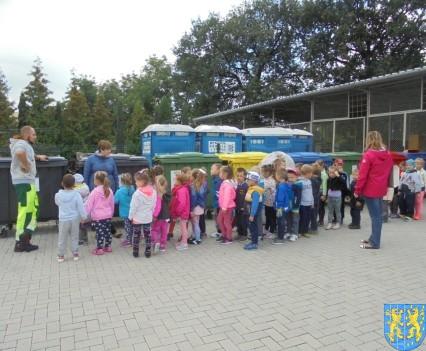 Punkt Selektywnej Zbiórki Odpadów Komunalnych widziany przez dzieci (12)