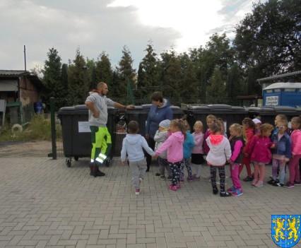 Punkt Selektywnej Zbiórki Odpadów Komunalnych widziany przez dzieci (13)