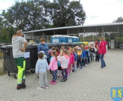 Punkt Selektywnej Zbiórki Odpadów Komunalnych widziany przez dzieci (14)