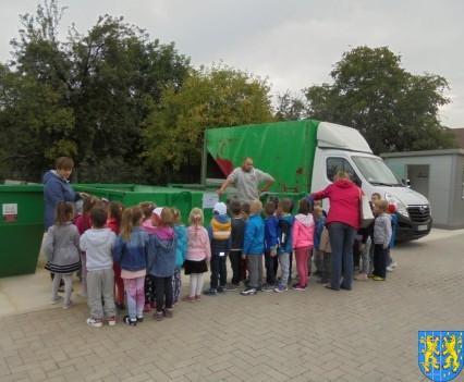 Punkt Selektywnej Zbiórki Odpadów Komunalnych widziany przez dzieci (4)