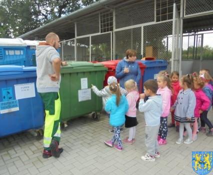 Punkt Selektywnej Zbiórki Odpadów Komunalnych widziany przez dzieci (9)