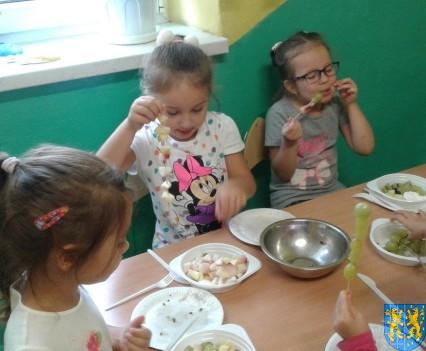 Pyszna i zdrowa sałatka owocowa (12)