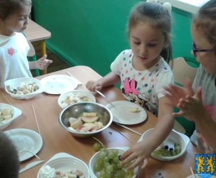 Pyszna i zdrowa sałatka owocowa (6)