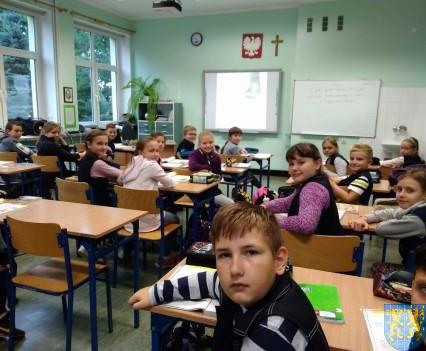 Minął pierwszy miesiąc nauki w nowej szkolnej rzeczywistości (9)