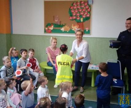 Pan policjant i przedszkolaki (11)