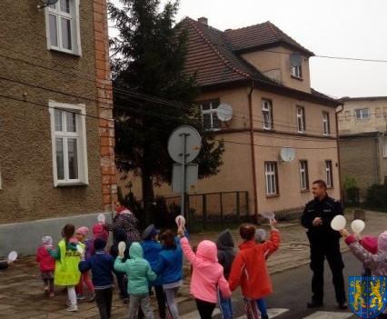 Pan policjant i przedszkolaki (26)