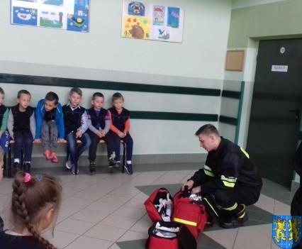 Strażacy na lekcji u pierwszaków (3)