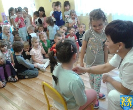 Wizyta pielęgniarki w Baśniowej Krainie (15)