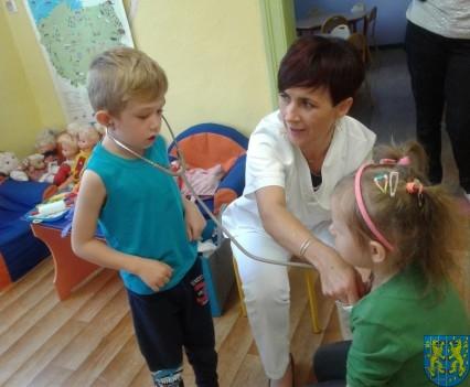 Wizyta pielęgniarki w Baśniowej Krainie (16)