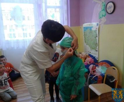 Wizyta pielęgniarki w Baśniowej Krainie (17)