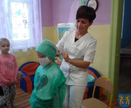 Wizyta pielęgniarki w Baśniowej Krainie (19)