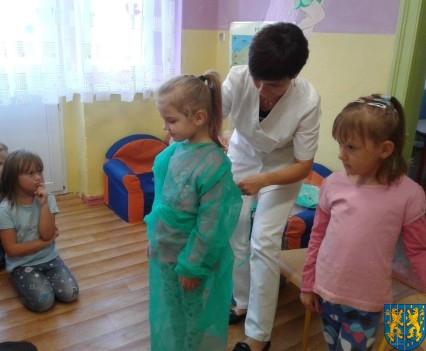 Wizyta pielęgniarki w Baśniowej Krainie (20)