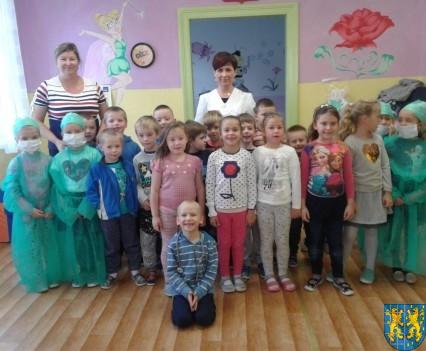 Wizyta pielęgniarki w Baśniowej Krainie (25)