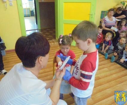 Wizyta pielęgniarki w Baśniowej Krainie (32)