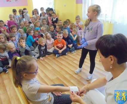 Wizyta pielęgniarki w Baśniowej Krainie (35)
