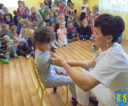 Wizyta pielęgniarki w Baśniowej Krainie (36)