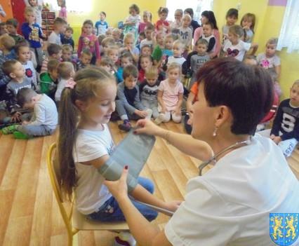 Wizyta pielęgniarki w Baśniowej Krainie (38)