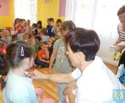Wizyta pielęgniarki w Baśniowej Krainie (39)