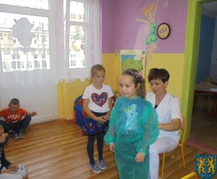 Wizyta pielęgniarki w Baśniowej Krainie (41)
