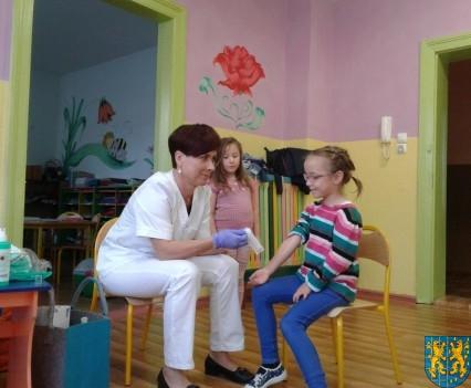Wizyta pielęgniarki w Baśniowej Krainie (5)