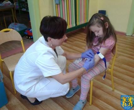 Wizyta pielęgniarki w Baśniowej Krainie (7)