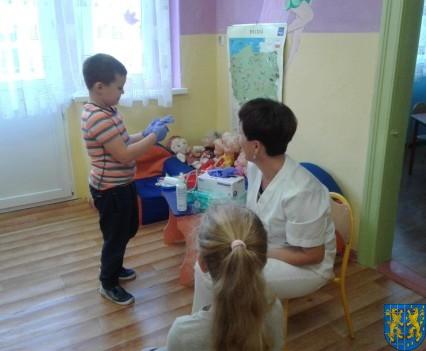 Wizyta pielęgniarki w Baśniowej Krainie (9)