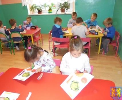 Zdrowo rośniemy bo warzywa i owoce jemy (14)