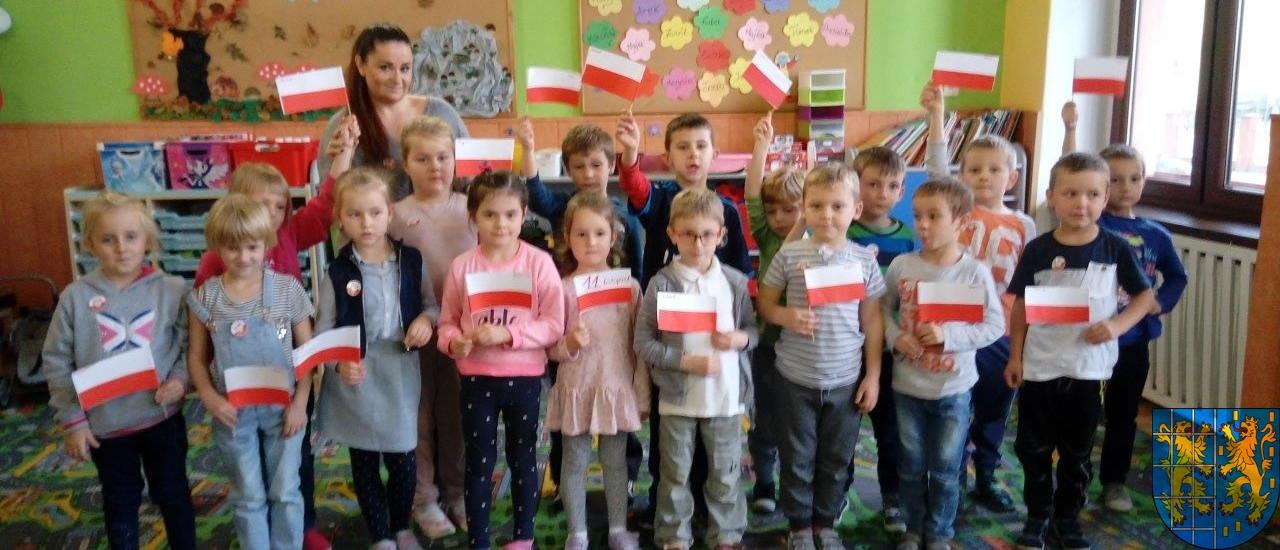 Dzień Niepodległości w kamienieckim Przedszkolu nr 2_ (9)